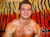 MuscledBoyXL cam boy